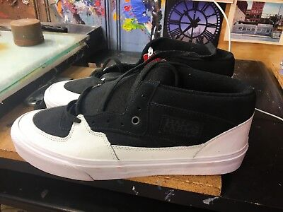 d2e9a7c42b5a VANS HALF Cab (Dipped) Black   White Skate Shoes Size 10 new in Box ...