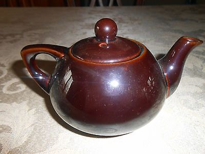 Very Nice, Vintage Dark Brown, Small Teapot w/ Lid made in Occupied Japan