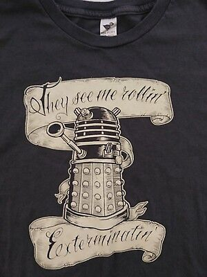 """Dr. Who DALEK """"They See Me Rollin, Exterminatin"""" TEE FURY Size XL Gray"""