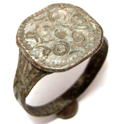 Ancient Medieval decorated bronze ring
