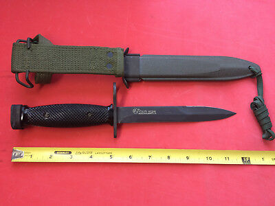 Vietnam Era Colt US M7 Bayonet Knife 62316 Hartford, CT on Blade W/ M8A1 Sheath
