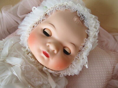 """Vintage AMERICAN CHARACTER """"LITTLE LOVE"""" Original Christening gown+box STUNNING!"""