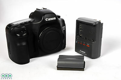 Canon EOS 5D Digital SLR Camera Body {12.8 M/P}