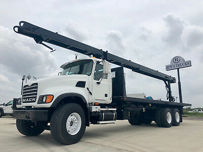 2007 Mack CV713 Conveyor Truck
