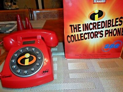 The Incredibles 2004 Collectors Phone New in box!