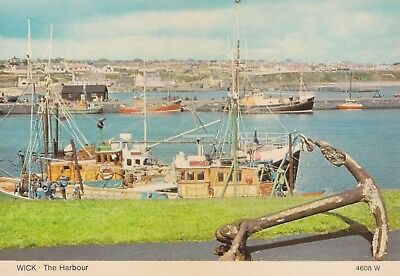 POSTCARDS-SCOTLAND-WICK-RP. Wooden Fishing Boats Berthed inThe Harbour.