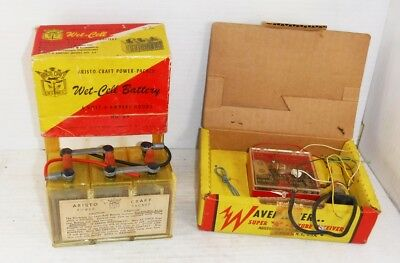 Vintage 1950s Aristo-Craft Wavemaster Tube Receiver and Wet-Cell Battery