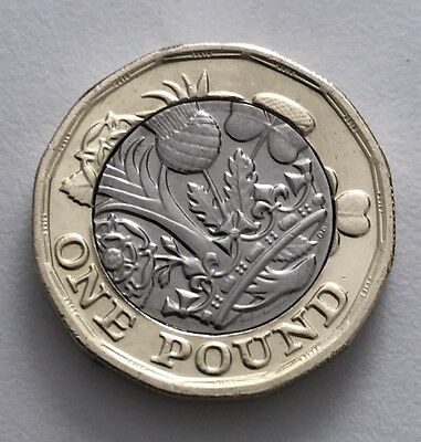 New One Pound Coin Twelve Sided Uncirculated ERROR out of alignment !!!