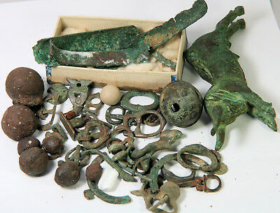 Various ancient, Roman, medieval and later bronze things