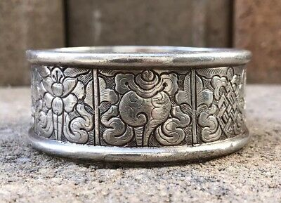 Antique Old Chinese Heavy Silver Figural Scroll Scene Design Bangle Bracelet