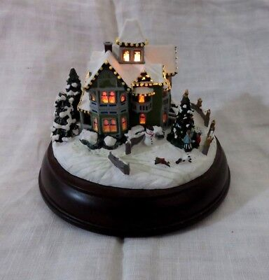 1998 Thomas Kinkade Victorian Lights Christmas Day Lighted House # 79261