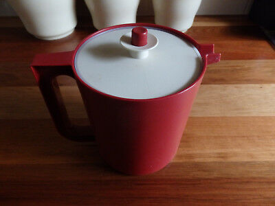RetroTupperware 2 piece Jug. 1.5 litre.  Cherry red base & white lid.