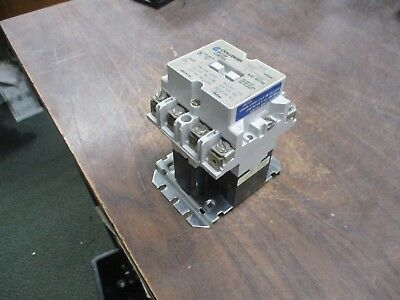 Challenger Contactor 4104 CU1401 120V Coil 30A 600V Used