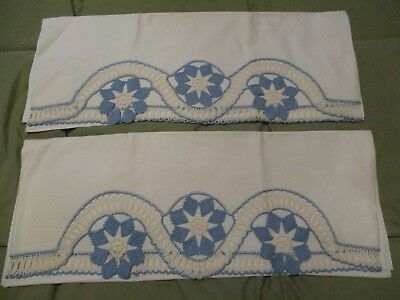 Beautiful Vintage Pillowcases With Pretty Hand Crochet Edge