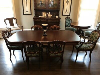 Vintage Carved Mahogany Dining Table and Six Chairs With Leaves