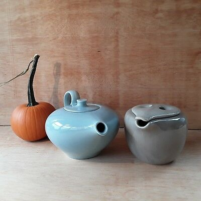 HTF Vintage Russel Wright Iroquois Casual Redesigned Teapot/Lid Ice Blue!! MINT!
