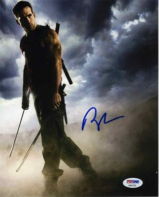 Ryan Reynolds Autographed Signed 8x10 Photo Certified Authentic PSA/DNA COA