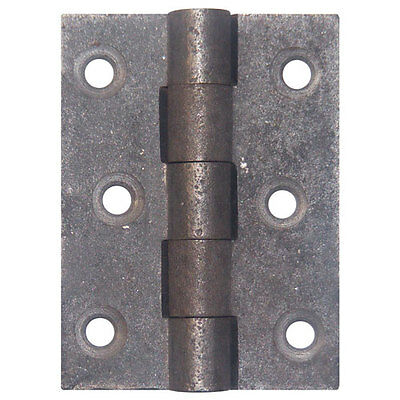 "A pair of 2½"" (63mm) cast iron butt hinges door hinges"