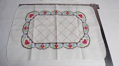 Vintage Hand Embroidered Placemats Set Of 4 Cross stitch