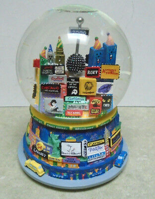 "Bloomingdale's Musical Snow Globe ""Broadway Cares"" Times Square 2000"