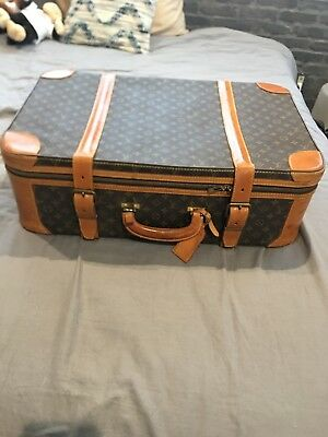 Vintage LOUIS VUITTON Luggage (27in/18in)