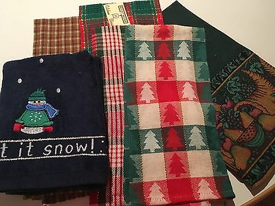 lot  7 Christmas HOLIDAY Red Green Blue  finger tip and  hand towels NEW SALE