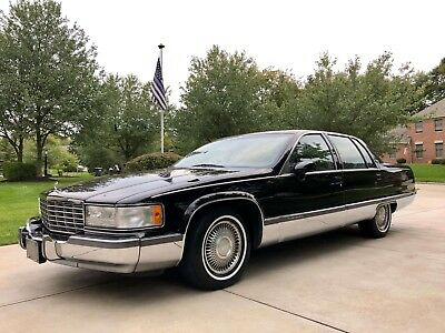 1993 Cadillac Fleetwood  1993 Cadillac Fleetwood * Meticulously Maintained One Family Owned! Luxury!