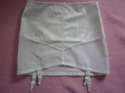 New Damart White Silky Pull-On Corset With Suspenders In Size 34/36
