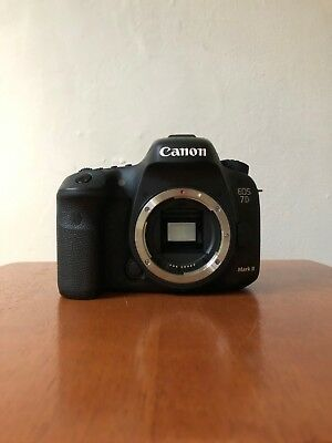 Canon EOS 7D Mark II Digital DSLR Camera - Black (Body Only) Great Condition