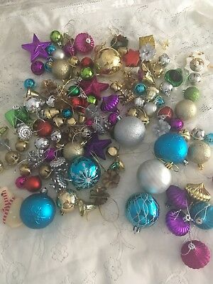 Vintage Christmas Decorations 100 Pieces In Total & 7 Wire Tinsel Decorations