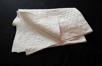 Vintage/Antique Quilt Small French Boutis All White Remarkable Hand Stitching