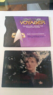 Star Trek Voyager -  Captain Janeway SkyMotion Lenticular Card from Skybox