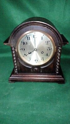 vintage Art Deco wind up Wood cased Mantel Clock - please read listing