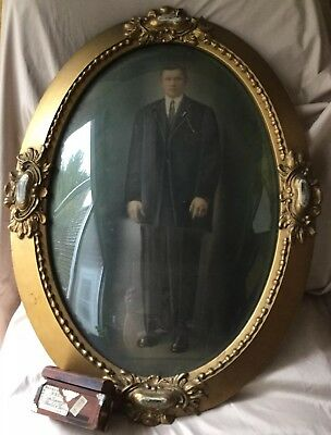 ANTIQUE Edwardian GOLD GILT GESSO WOOD OVAL  FRAME CONVEX BUBBLE GLASS 18X 24 In