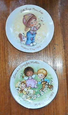 2 Vintage Collectable Mothers Day Small Plates By Avon~1983 & 1984