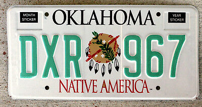 """1995 Revised Version Oklahoma """"Indian Artifacts"""" Design License Plate MINT"""