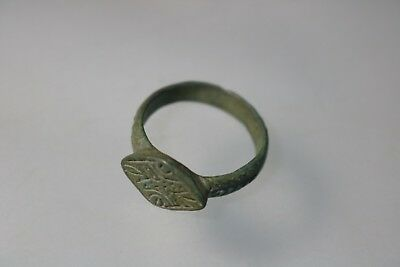 Ancient Fantastic Roman Bronze Ring  3rd century AD