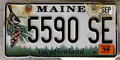 """Maine """"Chickadee and Pine-Cone"""" License Plate with a 2014 Sticker"""