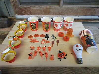 1950's Halloween paper and plastic party decorations lot of 100+ pieces