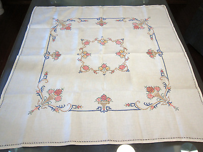 Vintage Handmade Cross Stitch Embroidered Tea Tablecloth Square 82cm x 83cm