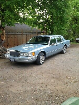 1993 Lincoln Town Car ExecutiveSeries