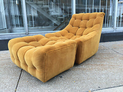 Milo Baughman Tommy Tufted Lounge Chair Thayer Coggin Mid century mod era 67 60s