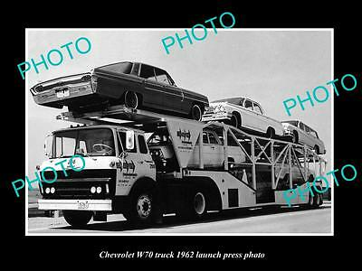Old Large Historic Photo Of 1962 Chevrolet W70 Truck Launch Press Photo 1