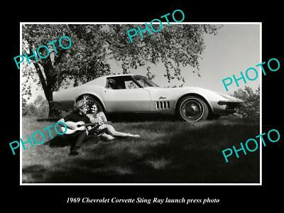 Old Large Historic Photo Of 1969 Chevrolet Corvette Stingray Launch Photo