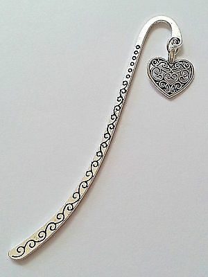New Antique Silver Metal Bookmark with Patterned Heart Charm Accessory Gift V2