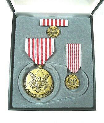 Agency, Dept of the Army Outstanding Civilian Service Medal, set of 4, cased