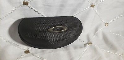 Black Oakley Oakleys Sunglass Case With Zipper And Compartments Insode Euc
