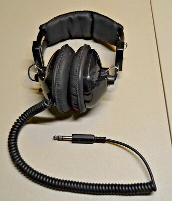 Labtec LT-20 Stereo Headphones, Vintage! Tested & Working!  Made in Taiwan