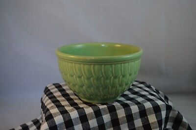 Vintage 6 x 3.5 McCoy Pottery Green Fish Scale or Feather Mixing Bowl