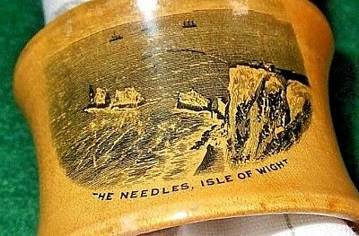 MAUCHLINE WARE The Needles Isle of Wight WOODEN TABLE SERVIETTE NAPKIN RING